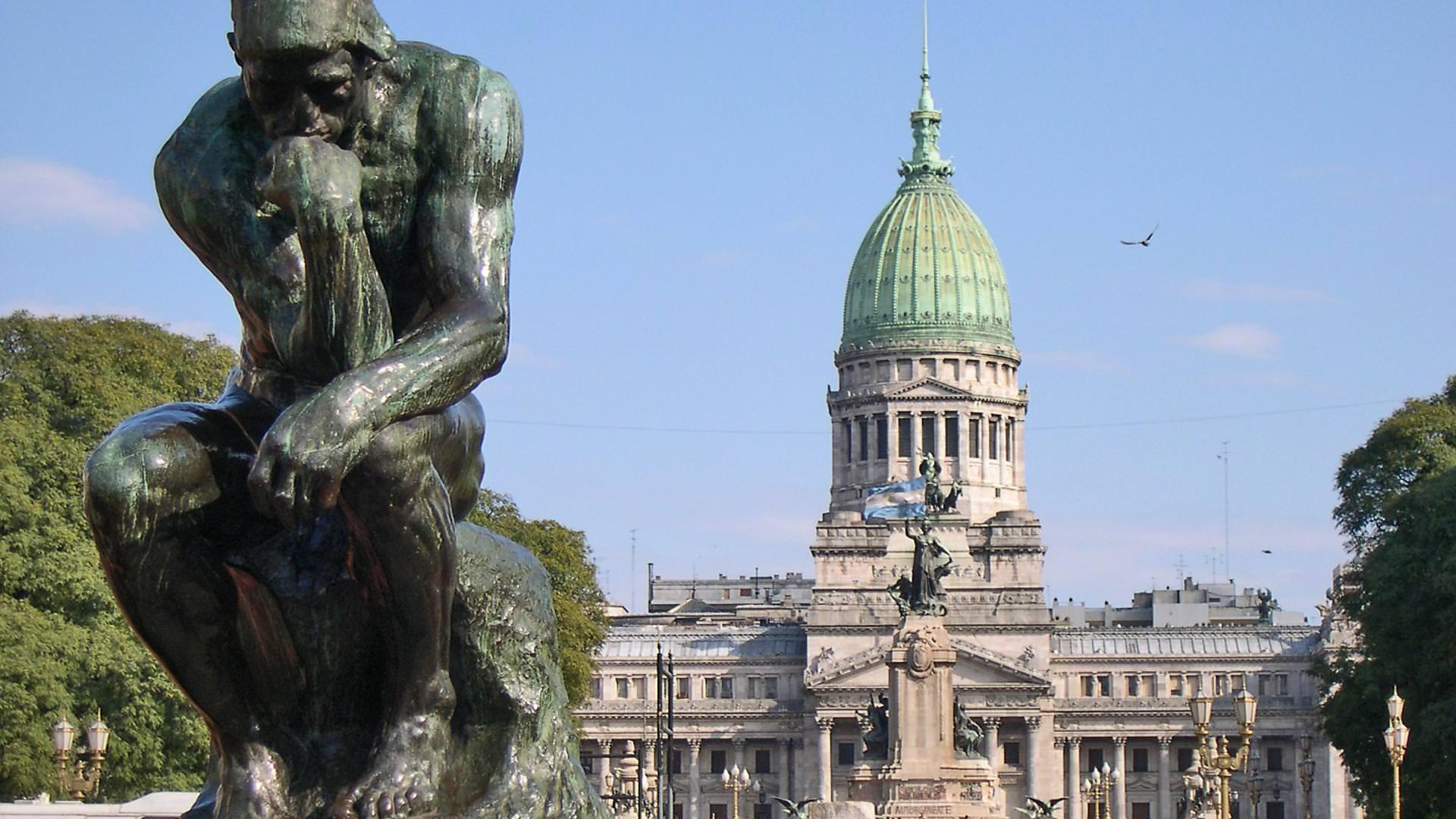 Buenos-Aires-Plaza-Congreso-Pensador-de-Rodin-Argentina-1080×1920